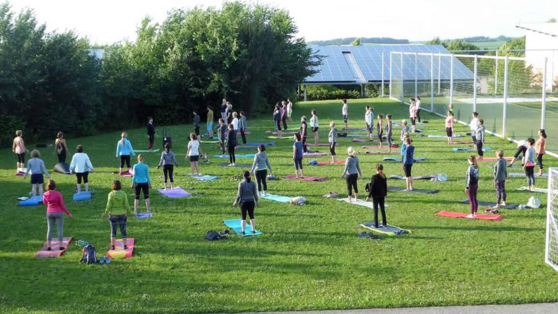Yoga im Freien übertraf die Erwartungen